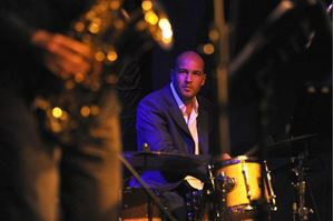 Picture of Autumn in NYC by jazz drummer Ferit Odman